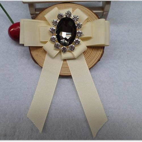Dame Butterfly Billige Frakke Collar Blomst Pin Corsage Vintage Brun